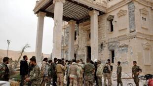 Сирия, войска Асада на западных подступах к Пальмире