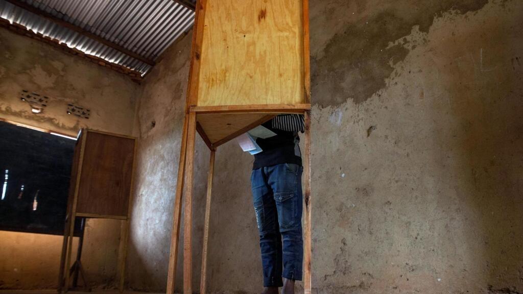Elections au Burundi: les rivaux d'Evariste Ndayishimyie dénoncent une fraude massive
