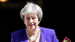 Theresa May está sob pressão dos países europeus para propor um acordo pós-Brexit