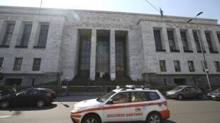 O homem que abriu fogo no Tribunal de Milão nesta quinta-feira (9) matou pelo menos quatro pessoas.