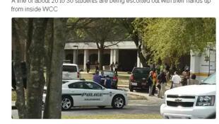 Imagem de vídeo do local onde houve o tiroteio na  Universidade de Wayne, na Carolina do Norte.