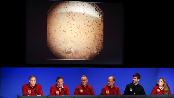 El equipo de la NASA en conferencia de prensa tras la llegada de InSight a Marte, el 26 de noviembre de 2018.