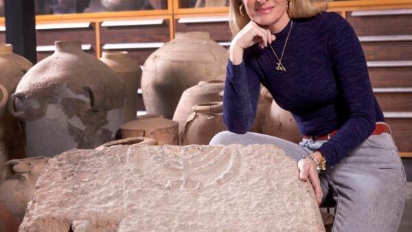 A arqueóloga brasileira Kátia Cytryn-Silverman