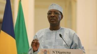 Idriss Déby shugaban kasar Chadi a lokacin da yake bayyana shirin sa na komawa Bagossola