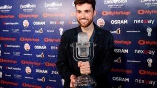 Дункан Лоуренс из Нидерландов выиграл Евровидение с балладой Arcade