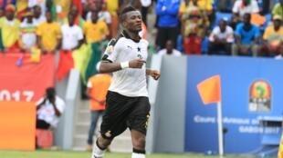 Asamoah Gyan, le meilleur buteur de l'histoire du Ghana, a ouvert le score de la tête contre le Mali dans le deuxième match des Black Stars dans la CAN 2017.