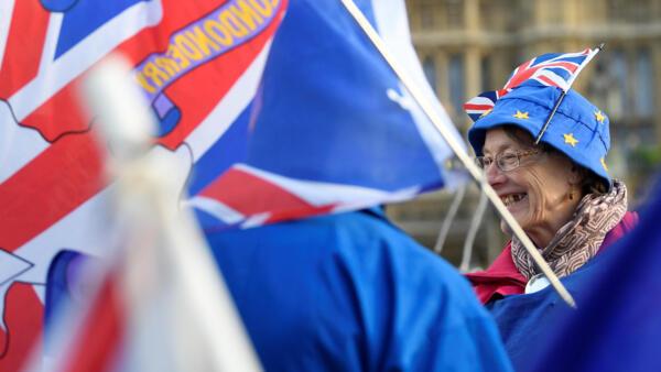 Manifestações contra o Brexit diante do parlamento britânico. Londres, 13 de Novembro de 2018.