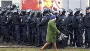 В этом году белорусский «День воли» был отмечен массовыми задержаниями правозащитников и манифестантов, Минск, 25 марта 2017.