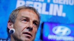 Jurgen Klinsmann will lead the Hertha Berlin squad until the end of the Bundesliga season.