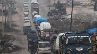 Dans le nord d'Idleb, le 30 janvier 2020, la population fuit les combats.