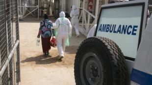 Apesar das medidas de segurança, novos casos de Ebola são registrados todos os dias em Serra Leoa