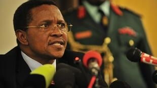 Tanzanian President Jakaya Kikwete has warned of sectarian tensions in the run-up to the referendum