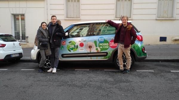 Corentin Lepage y sus amigos a su llegada a París, última etapa de la gira. Febrero de 2017.