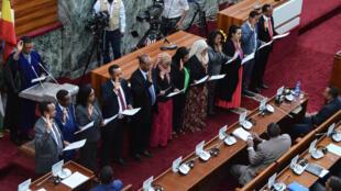 Les nouveaux ministres prêtent serment le 16 octobre 2018, au Parlement à Addis-Abeba.
