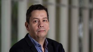 "O escritor Graciliano Rocha, autor da biogragia ""Irmã Dulce, a santa dos pobres""."