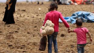 Moradores de Deera tiveram que deixar suas casas para fugir do conflito armado