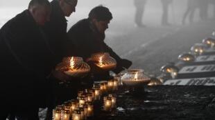 Члены польского правительства во время памятных мероприятий, посвященных 73-летию освобождения концлагеря Аушвиц-Биркенау, Освенцим, 27 января 2018.