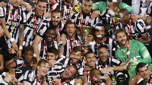 Juventus players celebrate after beating Lazio in the Italian Cup final on Wednesday.