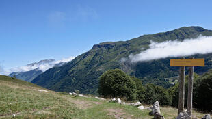 "Parc National des Pyrénées<br>(<a href="" https://creativecommons.org/licenses/by-sa/3.0/"" target=""_blank"">CC BY-SA 3.0 / Myrabella</a>)</br>"