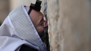 La nouvelle zone de prière au Mur des Lamentations ne devrait voir le jour que dans deux ans.