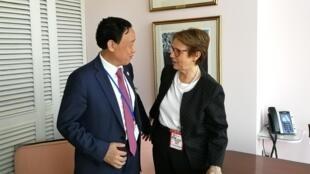 O diretor geral eleito da FAO Qu Dongyu pede apoio ao Brasil ao encontrar a ministra Tereza Cristina.
