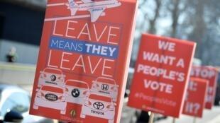 Biểu ngữ chống Brexit trước Nghị Viện Anh, Luân Đôn. Ảnh ngày 25/02/2019.