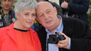 Claudine Nougaret avec Raymond Depardon, lors du 65e festival de Cannes le 22 mai 2012.
