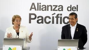 Presidentes do Chile, Michelle Bachelet, e do Peru, Ollanta Humala.