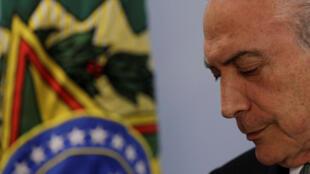 Visado pela Justiça, o presidente Michel Temer conseguiu votar a reforma trabalhista