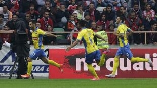 O avançado Roberto (esquerda) apontou o único golo do Arouca frente ao Benfica.