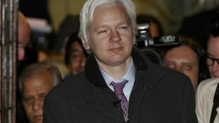 WikiLeaks founder Julian Assange leaves the Supreme Court at the end of the second day of his extradition appeal