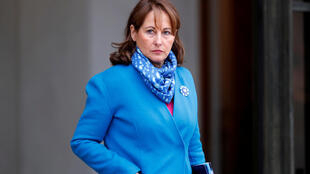 "French former presidential candidate Segolene Royal ""fired"" as Ambassador to the North and South Poles."