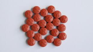 В Москве двум пациентам с ВИЧ отказали в препаратах