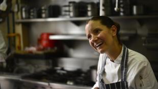 La chef mexicana Elena Reygadas, en su restaurante Rosetta.