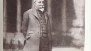 Анатоль Франс – любимейший в СССР французский писатель начала века.