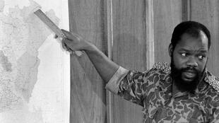 Le lieutenant colonel Chukwuemeka Odumegwu Ojukwu, en juillet 1967 durant la guerre de Biafra.