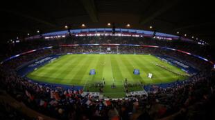 La rencontre PSG - Dortmund se disputera, le 11 mars 2020, dans un Parc des Princes vidé de ses supporteurs, en raison du coronavirus.