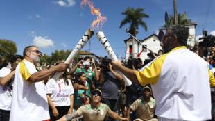Revezamento da Tocha Olímpica em  Corumbá de Goiás