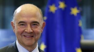 Pierre Moscovici, le nouveau commissaire européen aux Affaires économiques et financières au Parlement européen le 2 octobre 2014.
