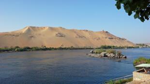 Las islas del Nilo tienen una población de campesinos y pescadores.