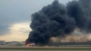Жертвами аварийной посадки в Шереметьеве стали 13 человек, среди погибших двое детей