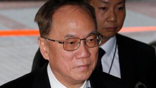 Cựu đặc khu trưởng Hồng Kông Donald Tsang đến tòa án ngày 3/1/2017.