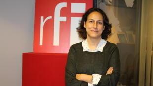 نسیم وهابی در استودیو بخش فارسی رادیو بینالمللی فرانسه