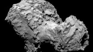 La comète Tchourioumov-Guerassimenko photographiée par Rosetta le 3 août 2014.