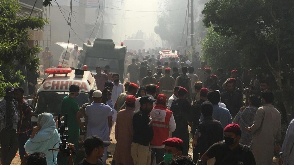 Un Airbus A320 s'écrase à Karachi au Pakistan