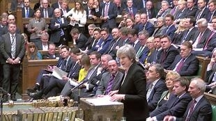 """Thủ tướng Anh Theresa May phát biểu trong một cuộc thảo luận về phương án """"B"""" trước Hạ Viện Anh, Luân Đôn, 29/01/2019."""