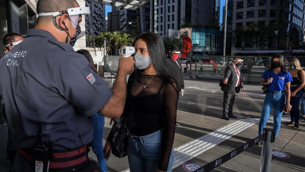 Coronavirus: le Brésil franchit la barre des 50 000 morts