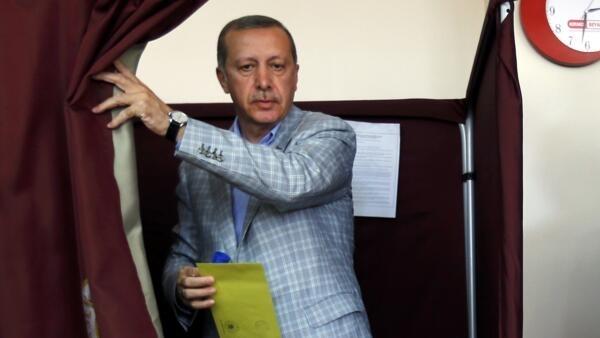 Turkish Prime Minister Recep Tayyip  Erdogan votes in Istanbul