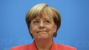 Avec les baisses d'impôt le gouvernement d'Angela Merkel espère également stimuler la demande intérieure.
