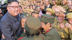 Ainda não há nenhuma informação sobre o material atômico do qual dispõe o regime liderado por Kim Jong-un, na foto de 27 de julho de 2018.